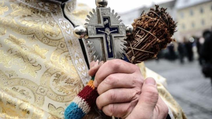 Boboteaza, sărbătorită în condiții speciale. Precizări de la Patriarhie
