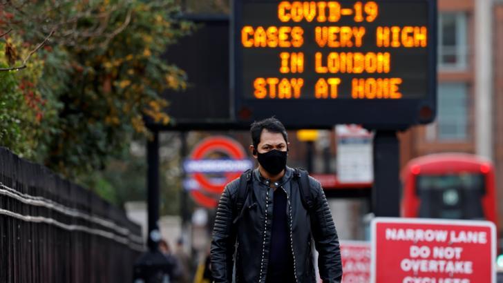 O nouă zi, a șasea, cu peste 50.000 de noi cazuri de Covid-19 în Marea Britanie