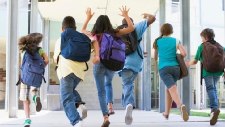 Se pregătește redeschiderea școlilor din 8 februarie