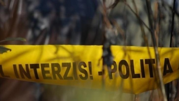 Moarte suspectă: fost procuror, găsit fără suflare în propria locuinţă alături de o vecină. Prima ipoteză, tulburătoare