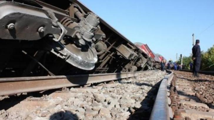 Tren personal, deraiat pe Valea Oltului. Traficul feroviar, blocat total între Sibiu şi Vâlcea / Foto: Arhivă