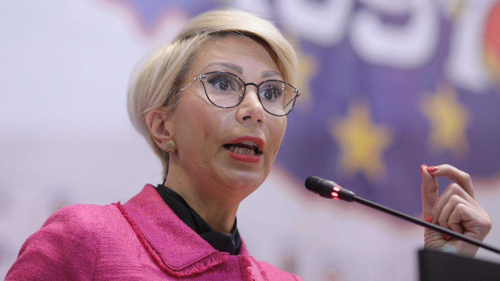 Raluca Turcan vrea o egalizare a veniturilor Foto Inquam