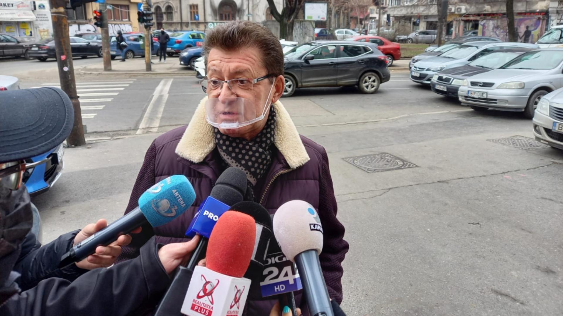 Cântărețul Gabriel Dorobanțu este audiat la DIICOT după ce a căzut victimă unor fraude informatice!