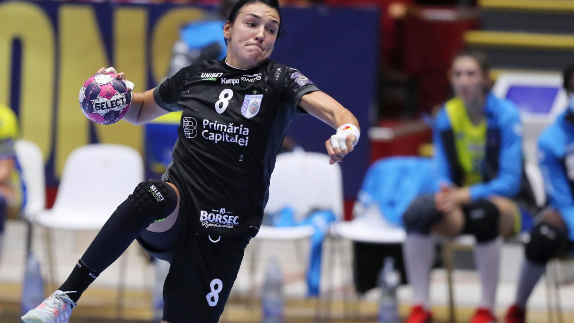 Cinci jucătoare și antrenorul de la echipa de handbal feminin CSM București au fost descoperiți pozitiv la noul coronavirus