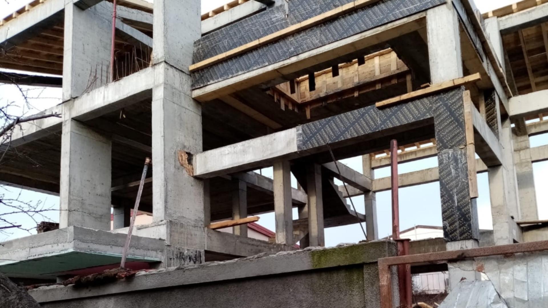 Imobil în construcție (foto: Emanuel Focșan)
