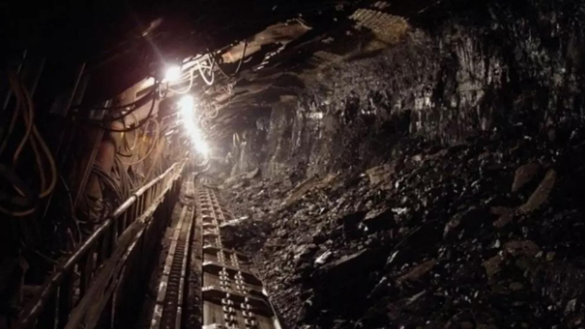 Minerii din Valea Jiului amenință că vin în Capitală
