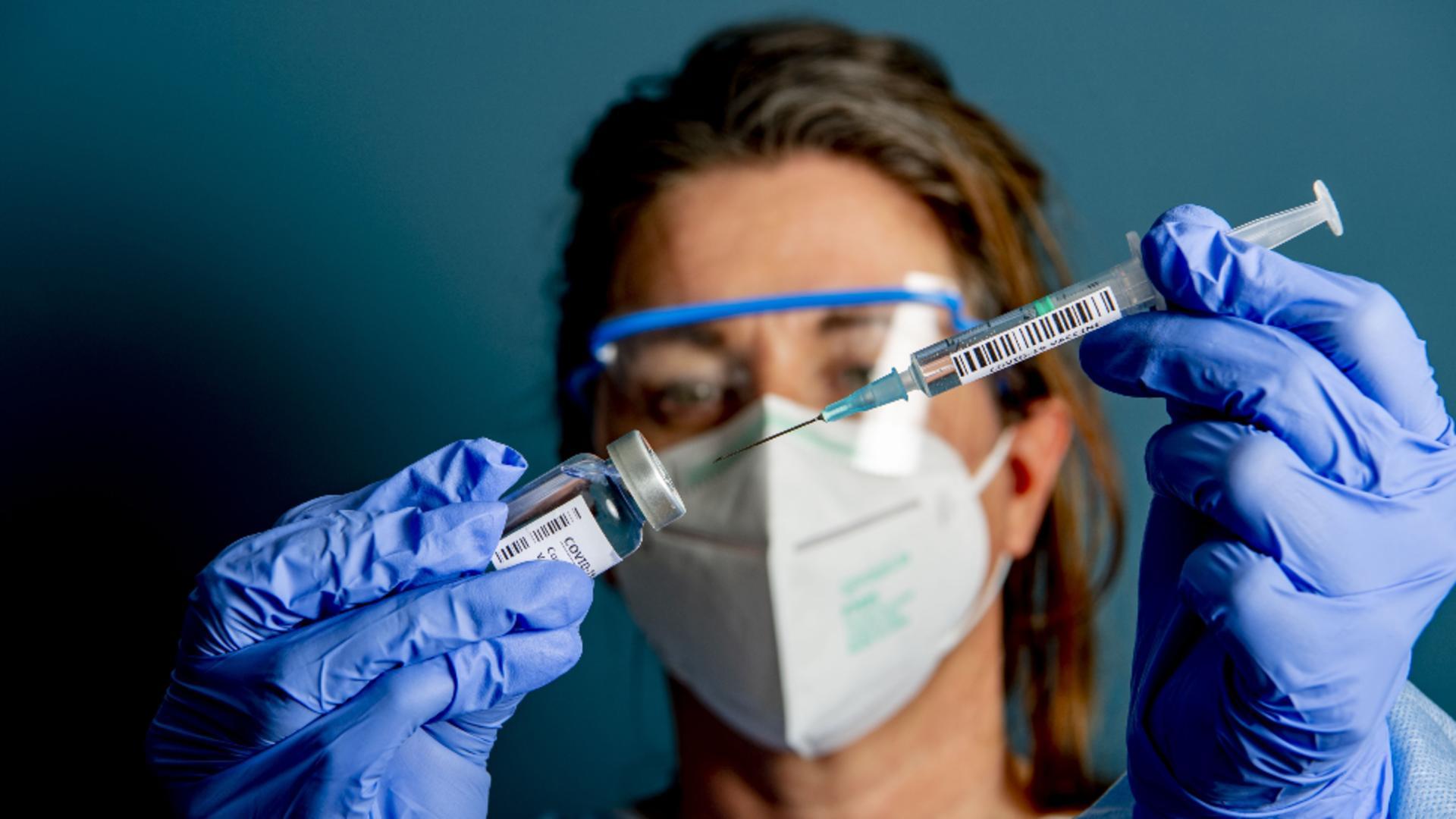 Date la zi despre eficacitatea vaccinului Pfizer
