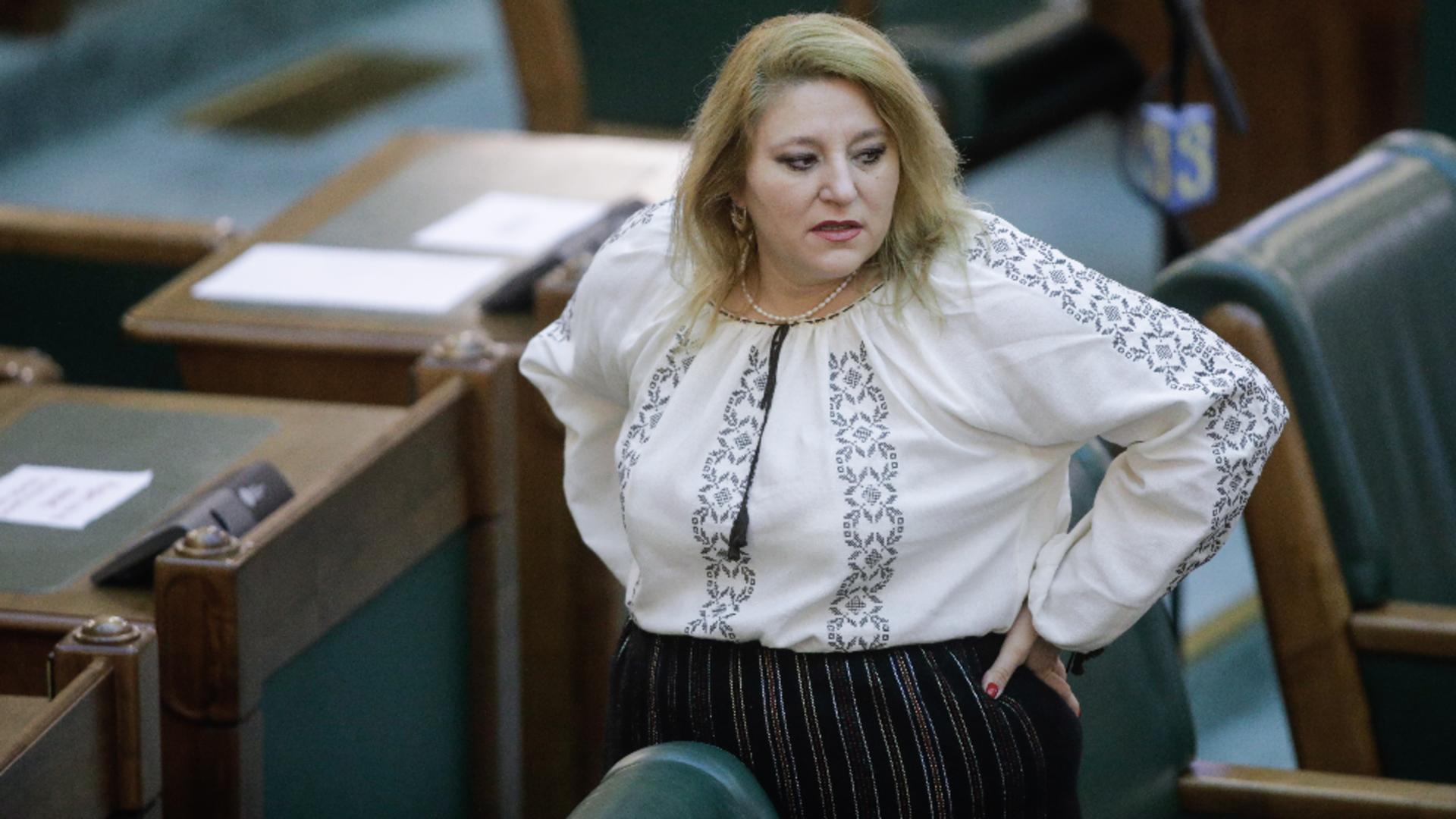 Diana Șoșoacă, senator independent (AUR) Foto: Inquam Photos/George Călin