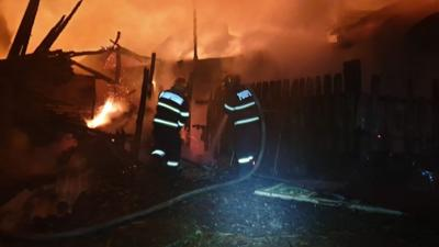 O femeie din Botoșani a decedat în propria locuință din cauza incendiului de la sobă