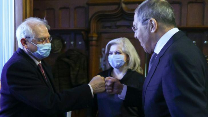 Josep Borrell, vicepreședintele Comisiei Europene, și Serghei Lavrov, ministrul de Externe al Rusiei