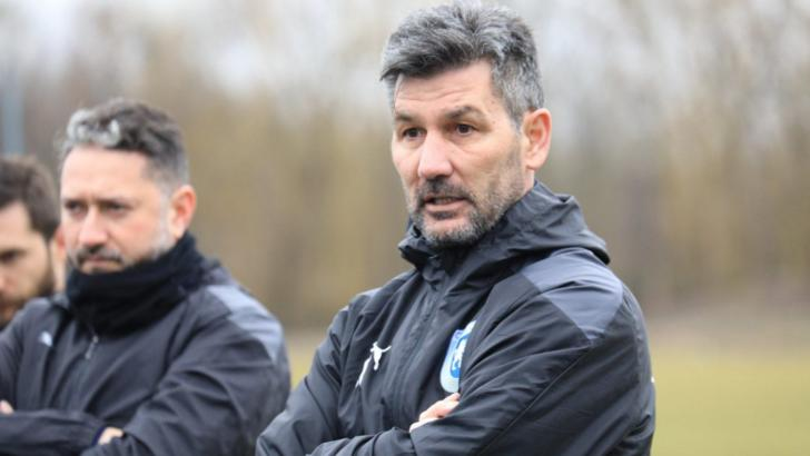 """Ouzounidis, ridicat în slăvi de un fost jucător al Craiovei: """"A venit cu o nouă emulaţie"""""""