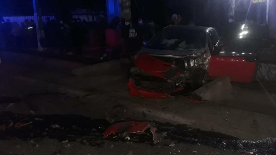 GRAV accident rutier în județul Suceava - Doi minori și trei adulți, transportați URGENT la spital - FOTO