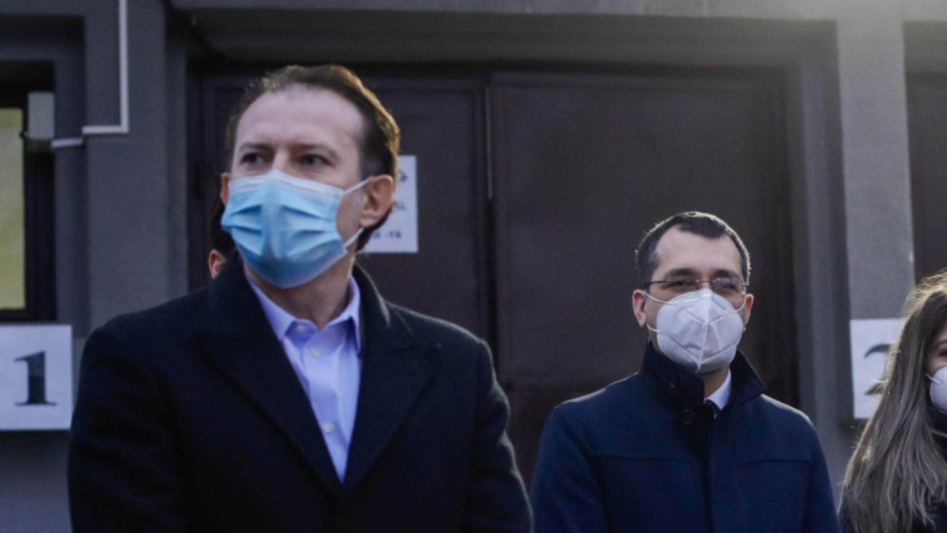 Florin Cîțu și Vlad Voiculescu (foto: Inquam/George Călin)