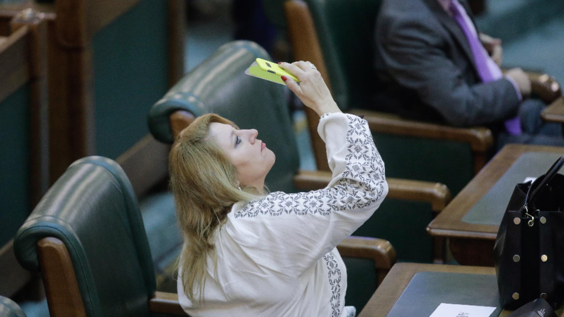 Diana Șoșoacă, senator neafiliat (exclusă din AUR) Foto: InquamPhotos/George Călin