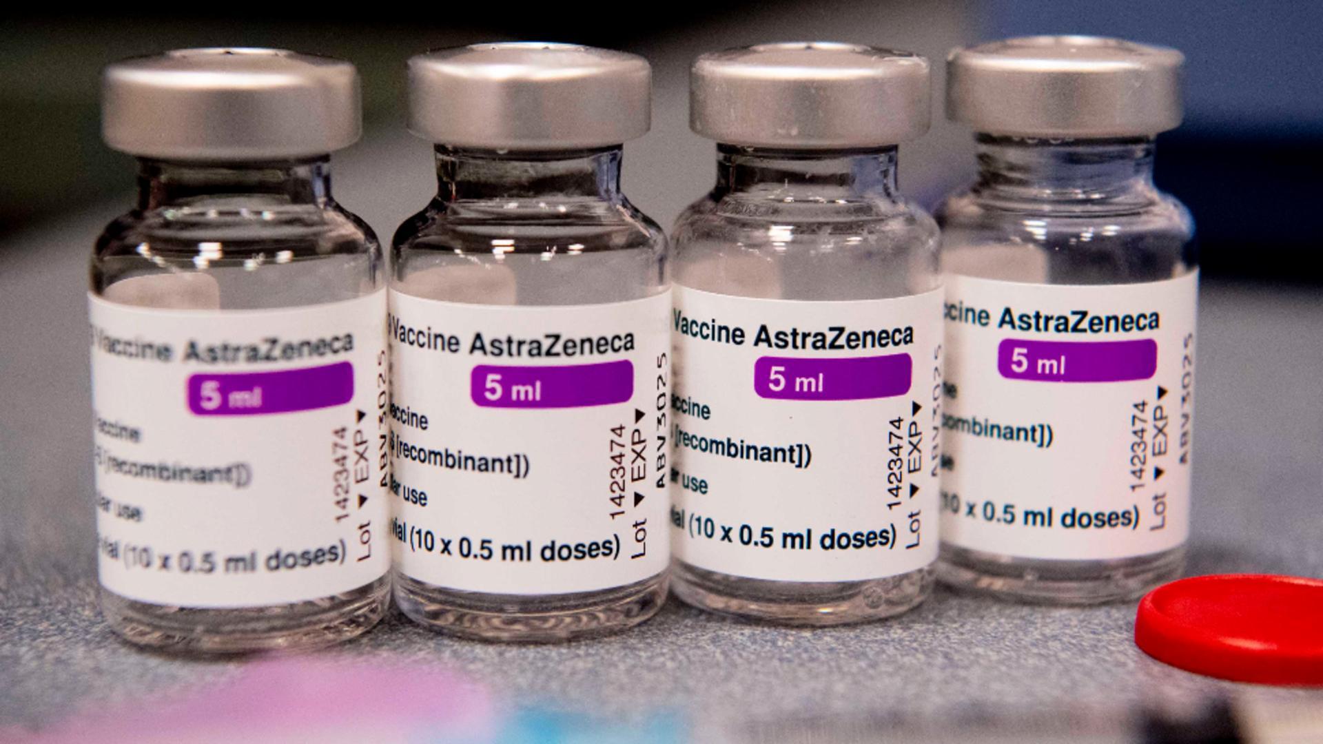 România primește o nouă tranșă de vaccin AstraZeneca