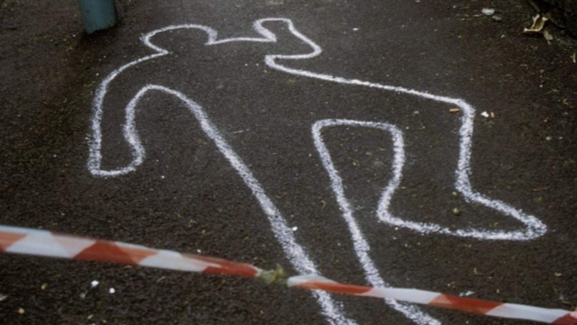 Tânărul se deplasa pe jos, pe un trotuar din orașul Doncaster, când a fost lovit de o mașină