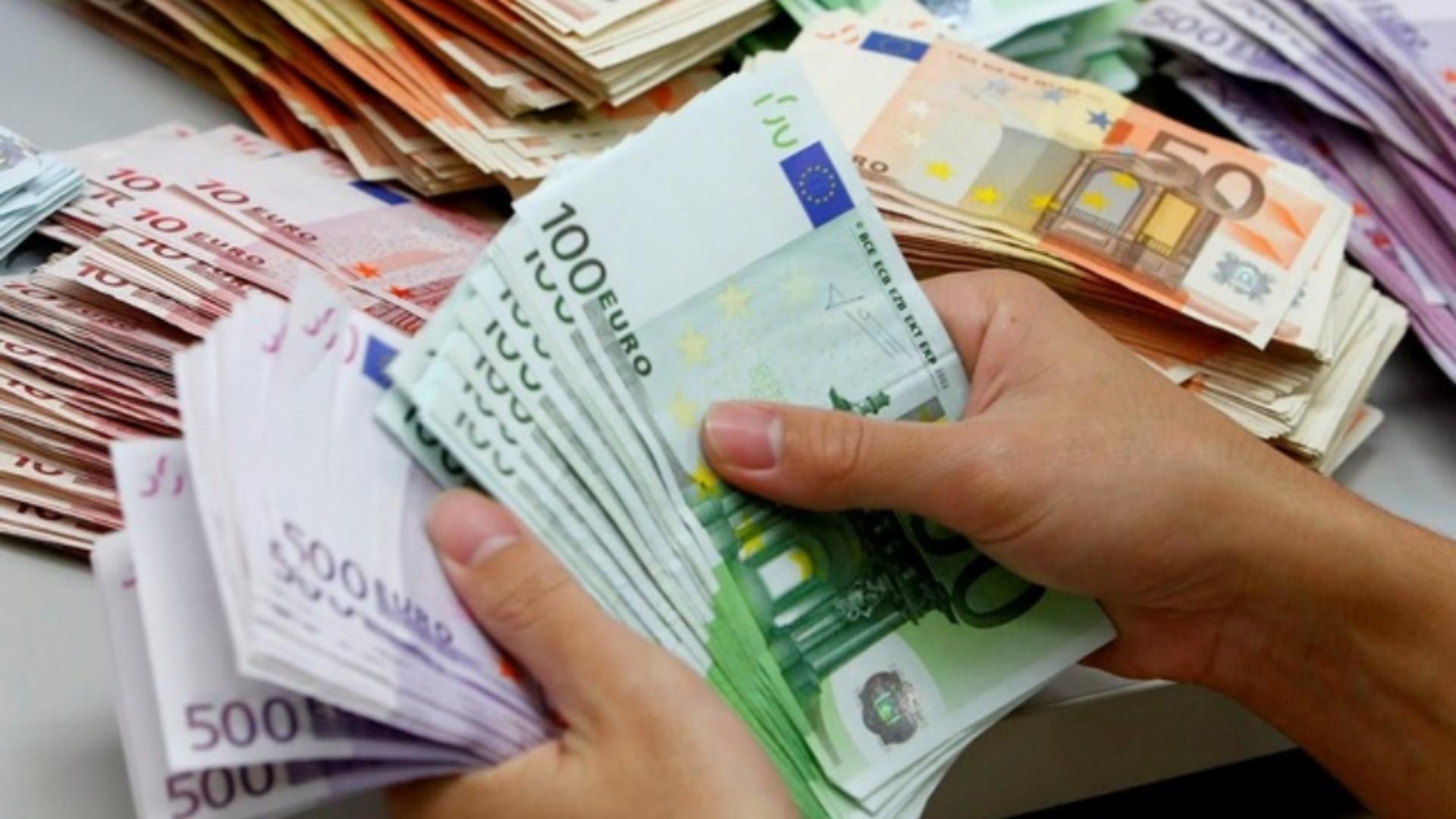 Același salariu minim pe economie în UE
