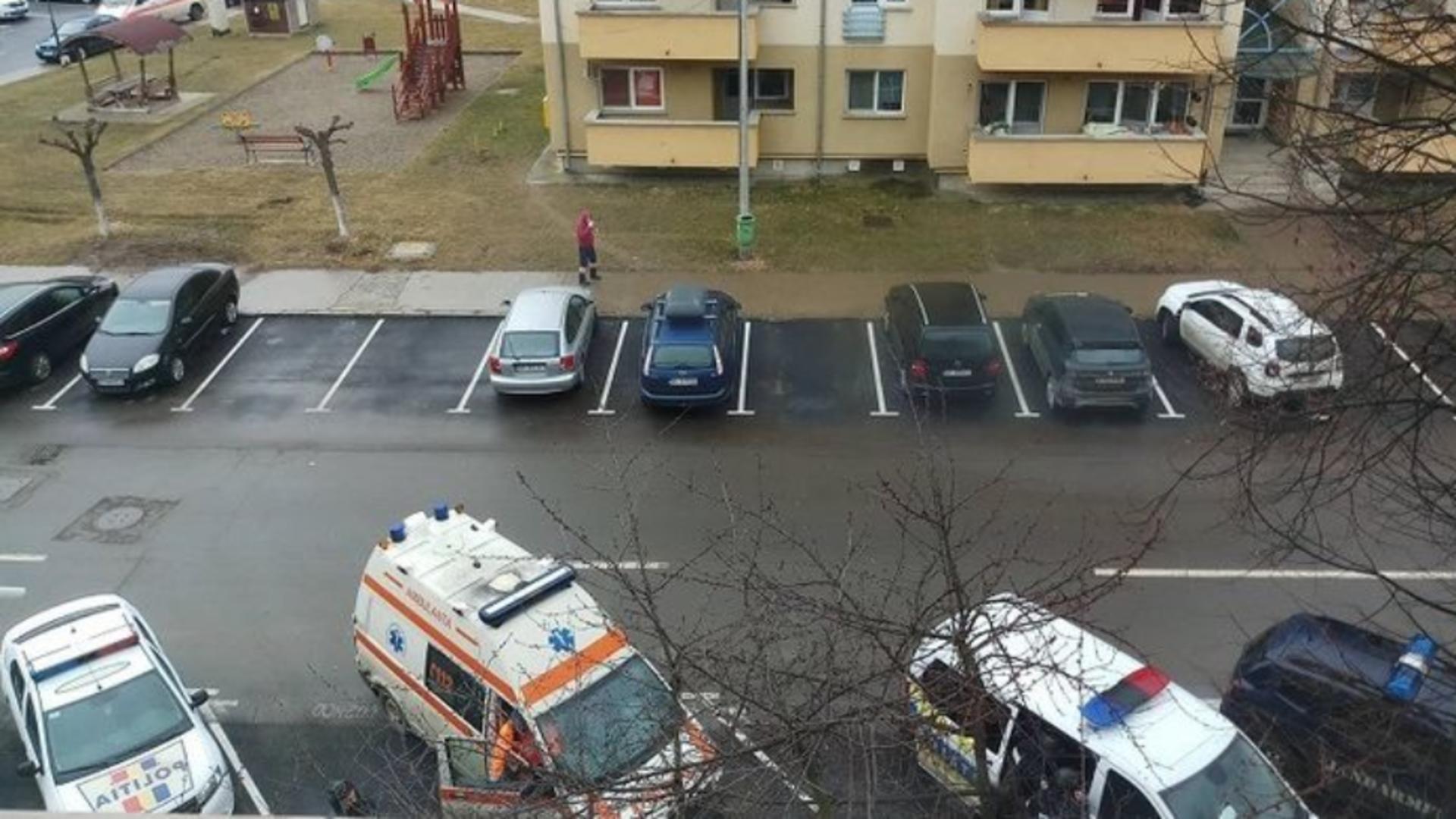 Luare de ostatici la Onești, Bacău - doi bărbați au murit Foto: unupetrotus.ro