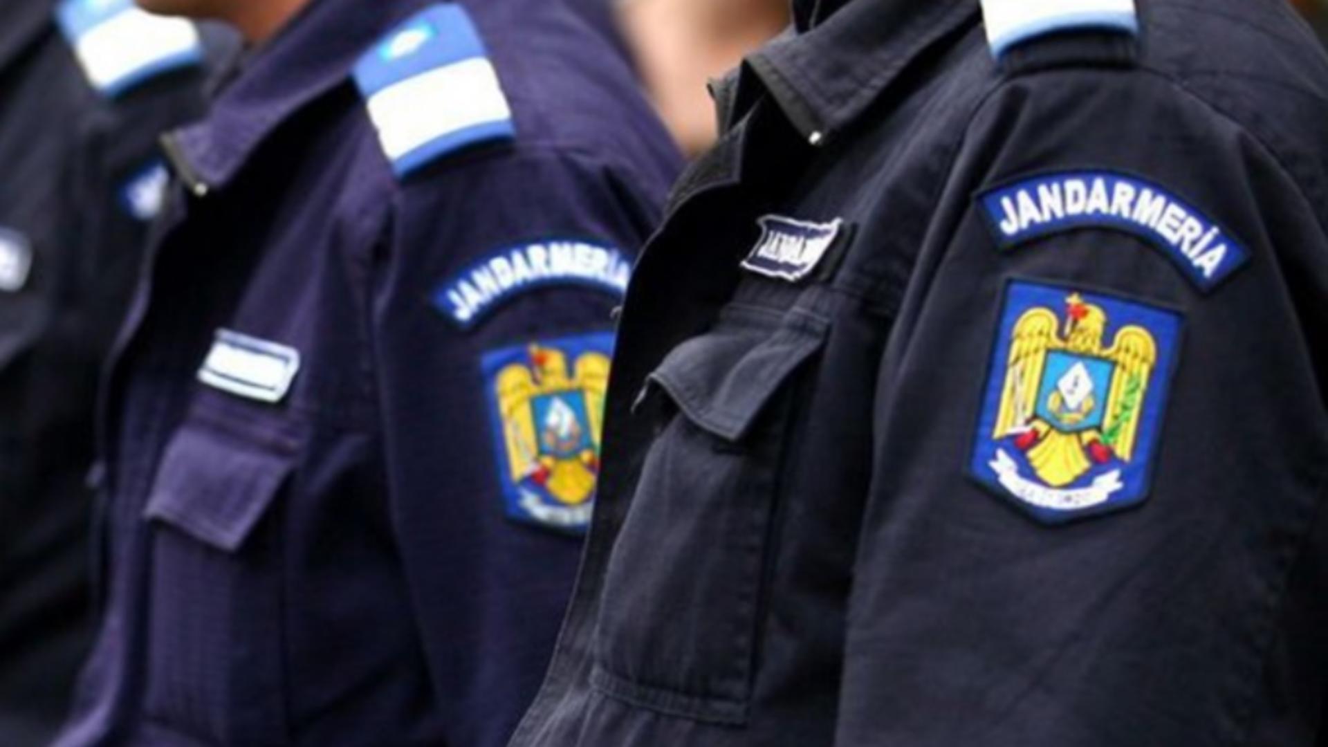 Intervenție jandarmi
