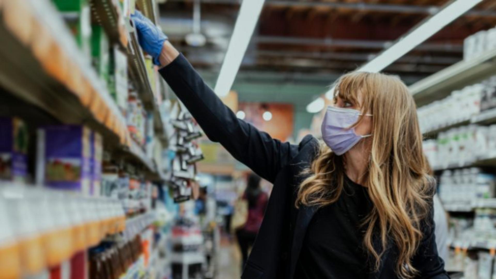 Cumparaturi supermarket pandemie