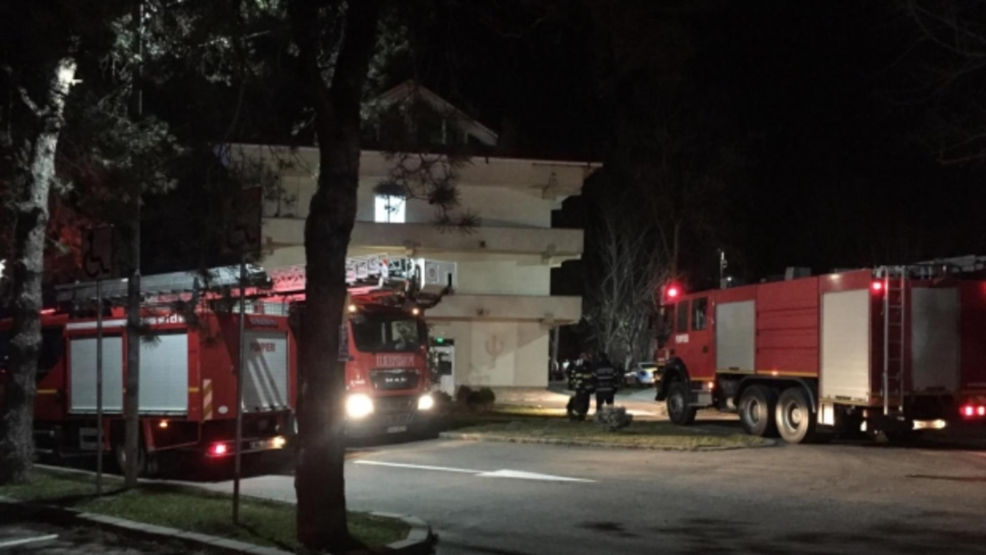 Un incendiu a izbucnit, luni seară, la Spitalul de Psihiatrie din Craiova