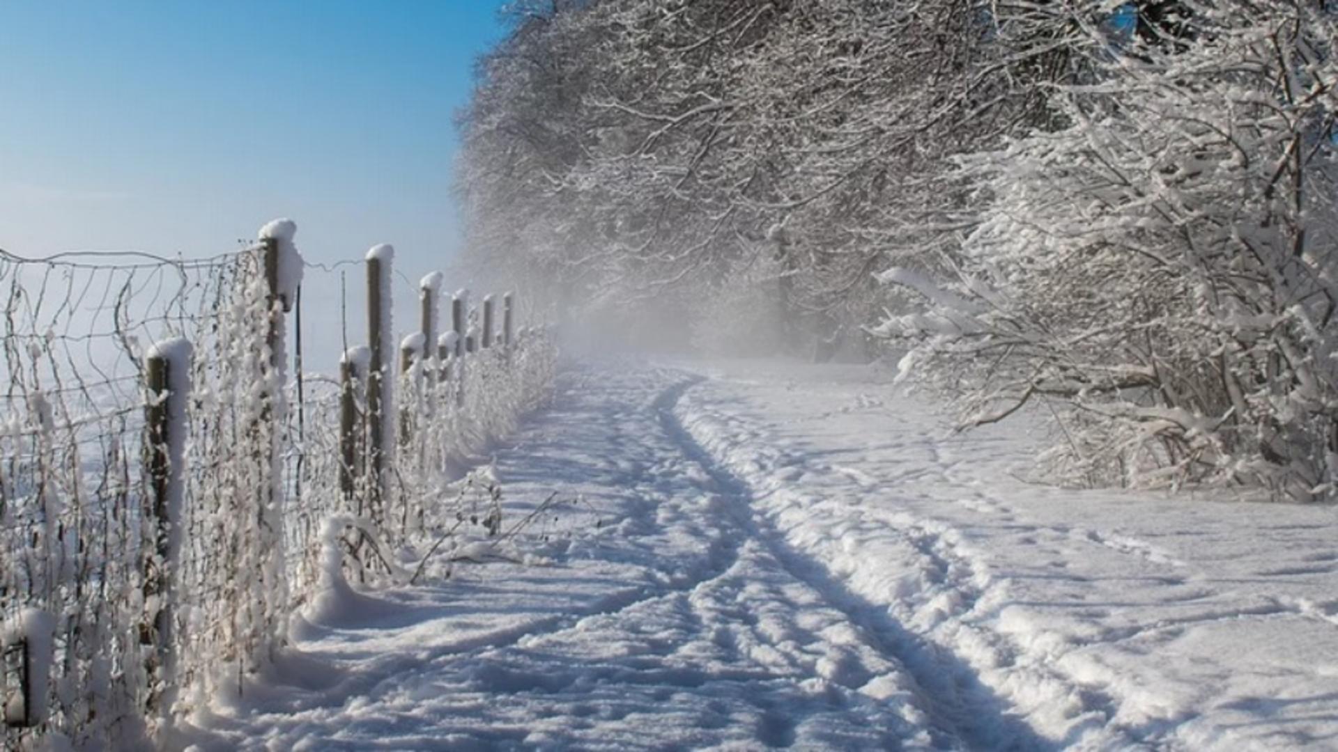 Administrația Națională de Meteorologie a emis, astăzi, o atenționare meteo cod galben de ninsori viscolite