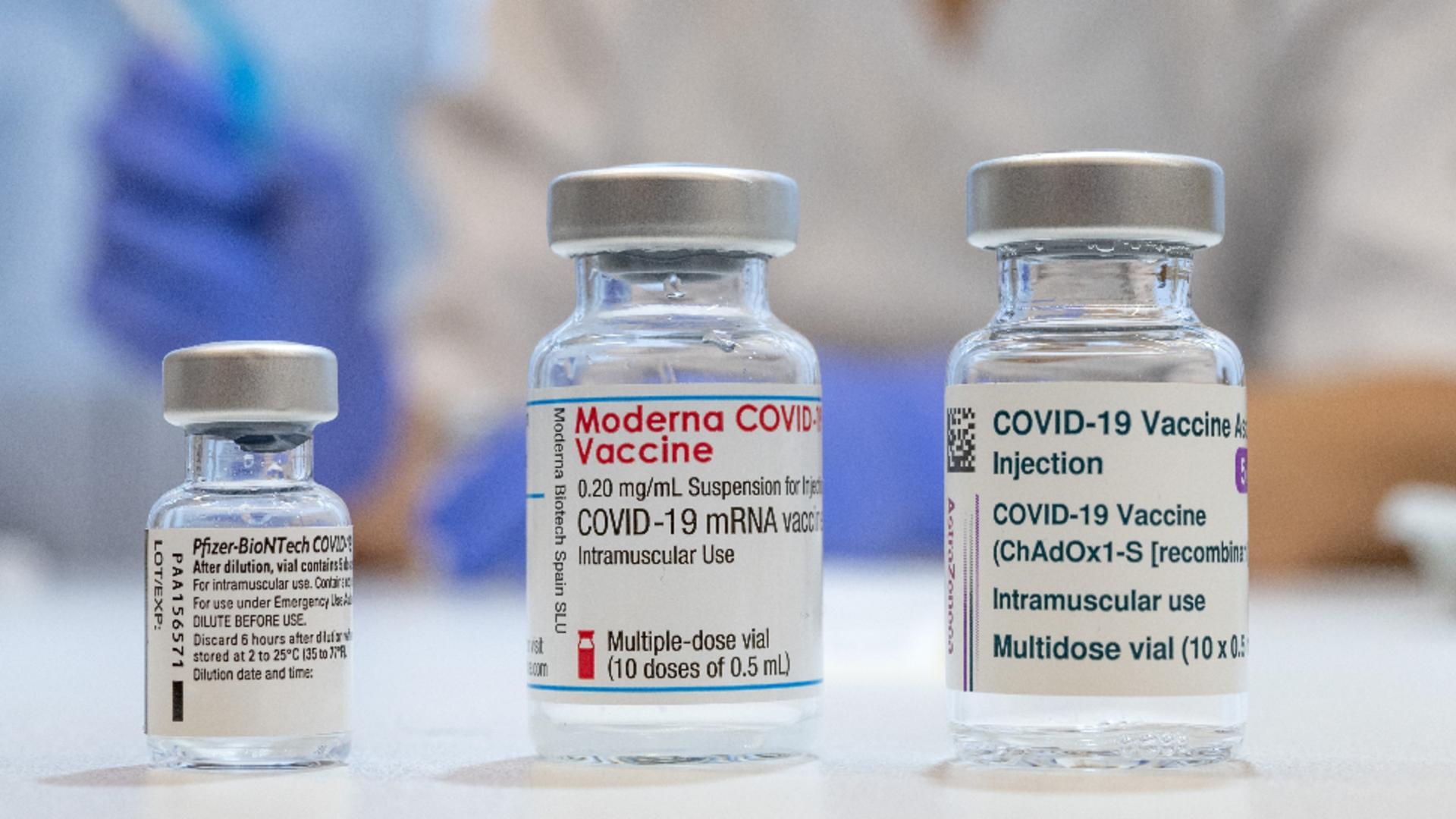 Diferențele dintre Pfizer, Moderna și AstraZeneca / Foto: Profi Media