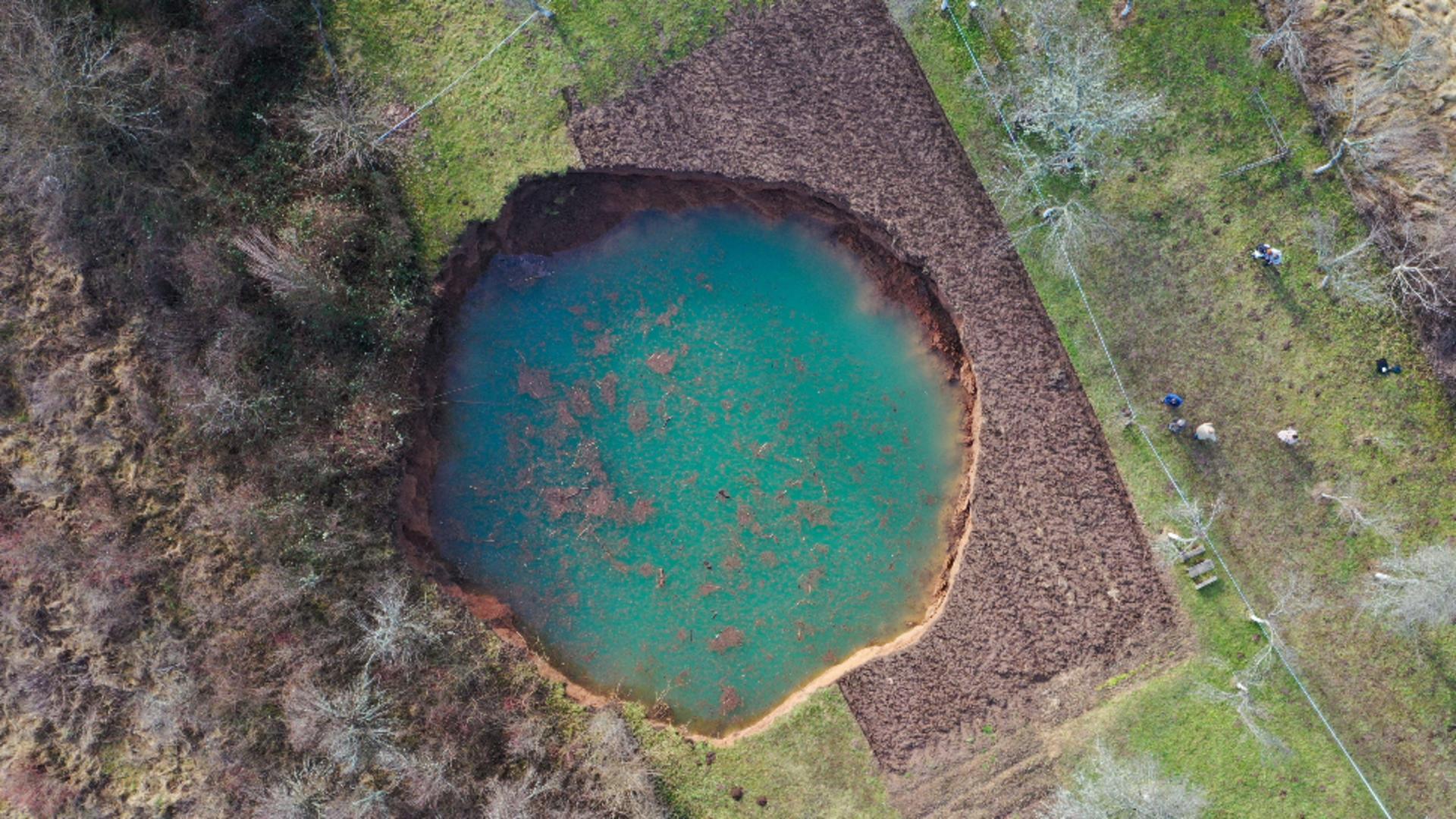 Zeci de cratere uriașe au apărut pe teritoriul Croației / Foto: Ivana Nobilo, Profi Media