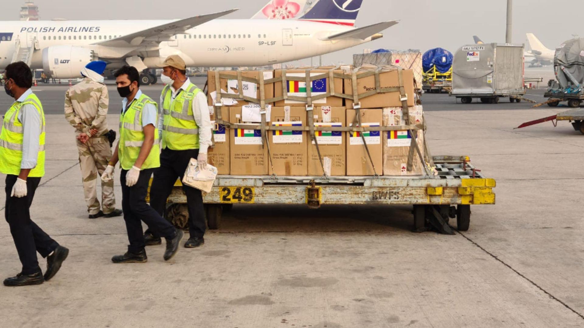 Donații India / Foto: Facebook Departamentul pentru Situaţii de Urgenţă (DSU)