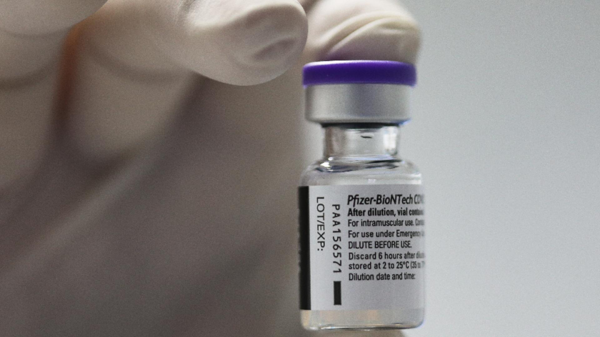 Pfizer anunță a treia doză de vaccin anti-COVID-19 Foto: InquamPhotos/Octav Ganea