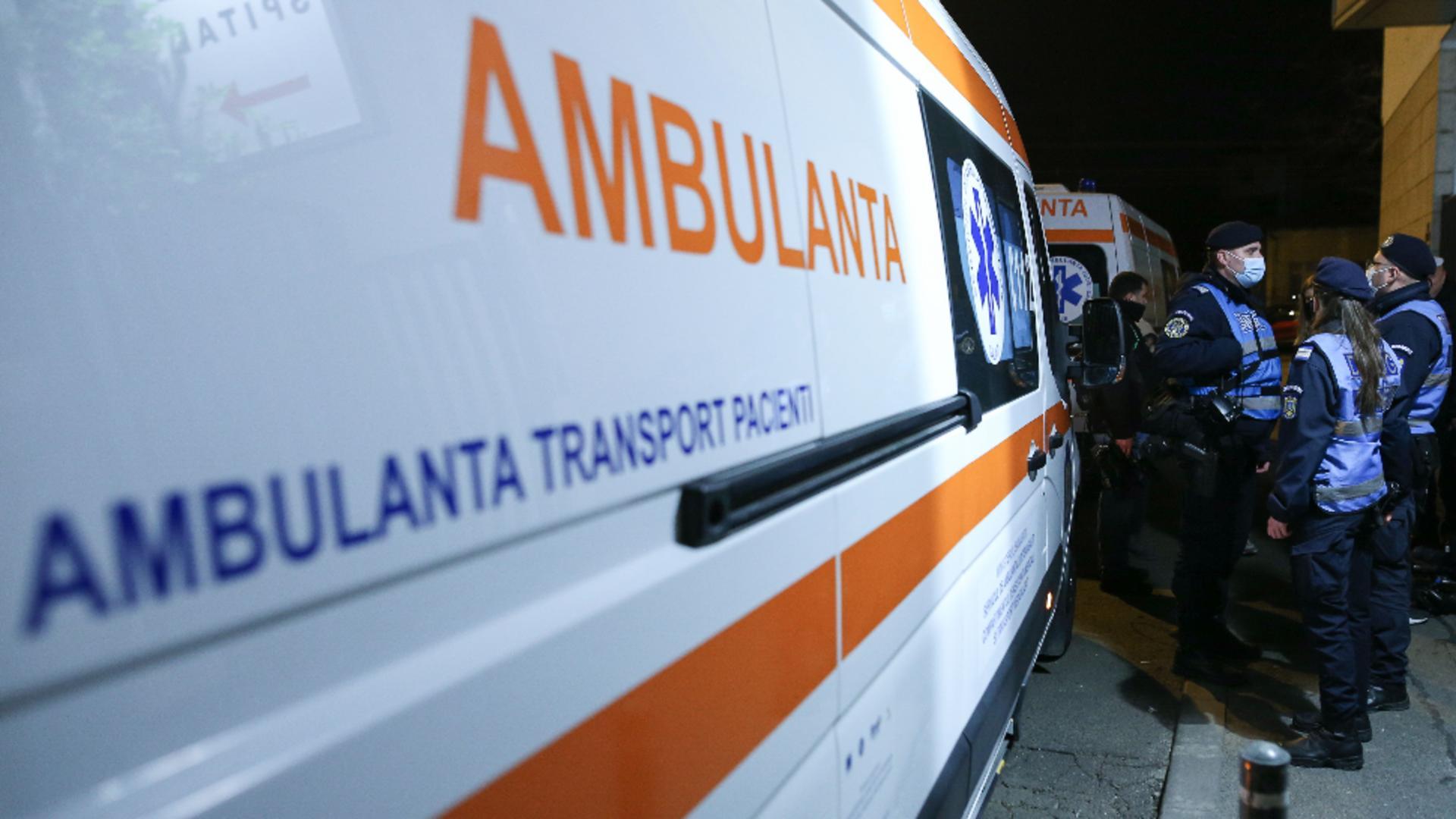 Primii pacienți COVID au ajuns la Spitalul Foișor: Ambulanțele nu reușesc să intre în unitatea spitalicească