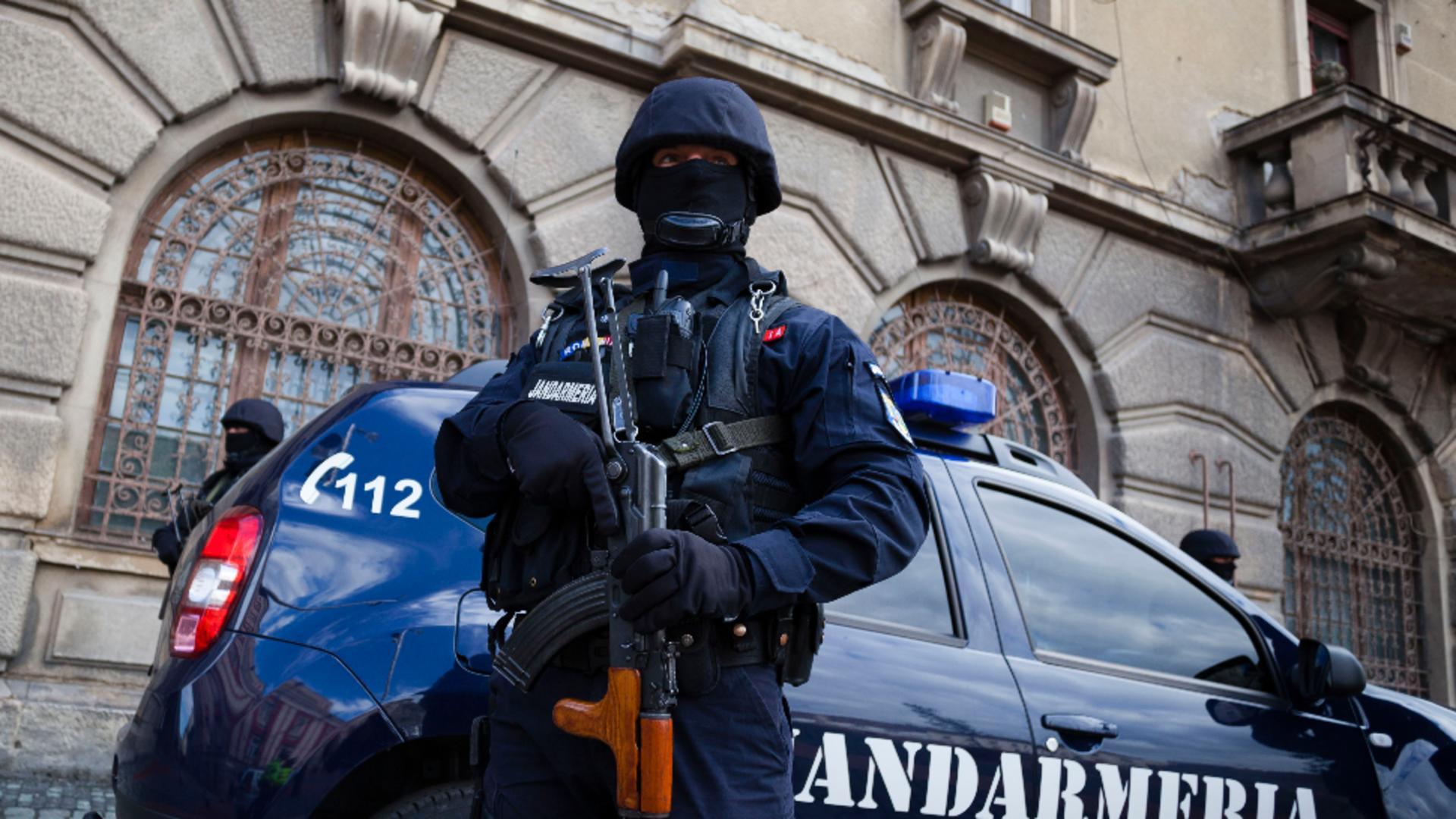 Percheziții la Jandarmerie / INQUAM Photos