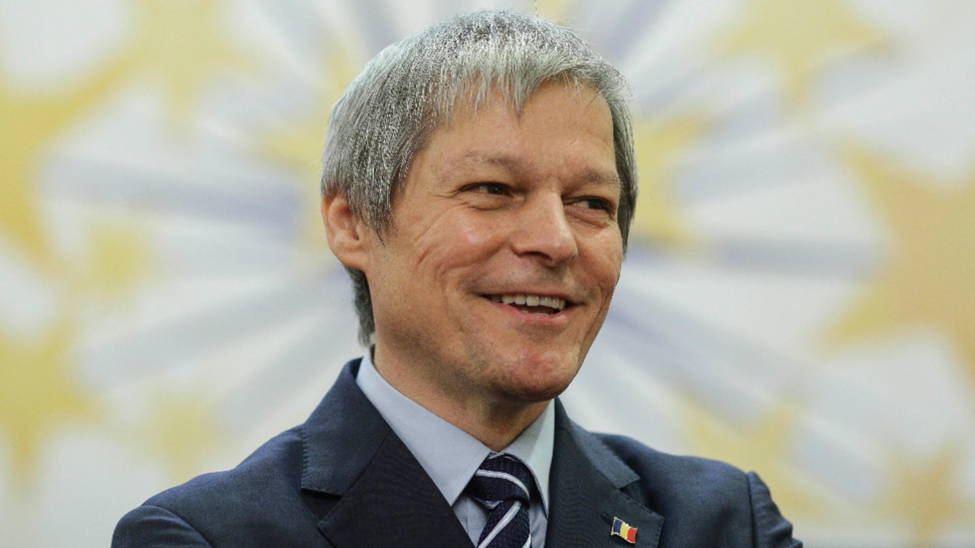 Dacian Cioloș îl atacă pe Florin Cîțu după demiterea lui Voiculescu Foto:InquamPhotos/Octav Ganea