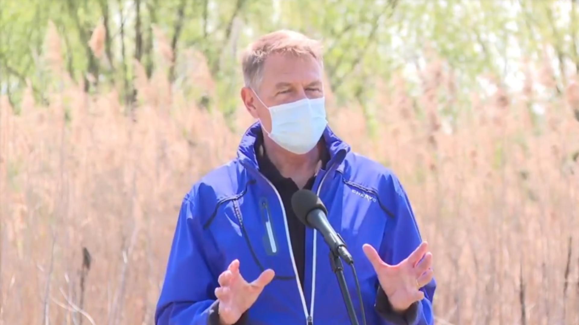 Klaus Iohannis îi cere ministrului Sănătății rezolvarea crizei citostaticelor de la IOB