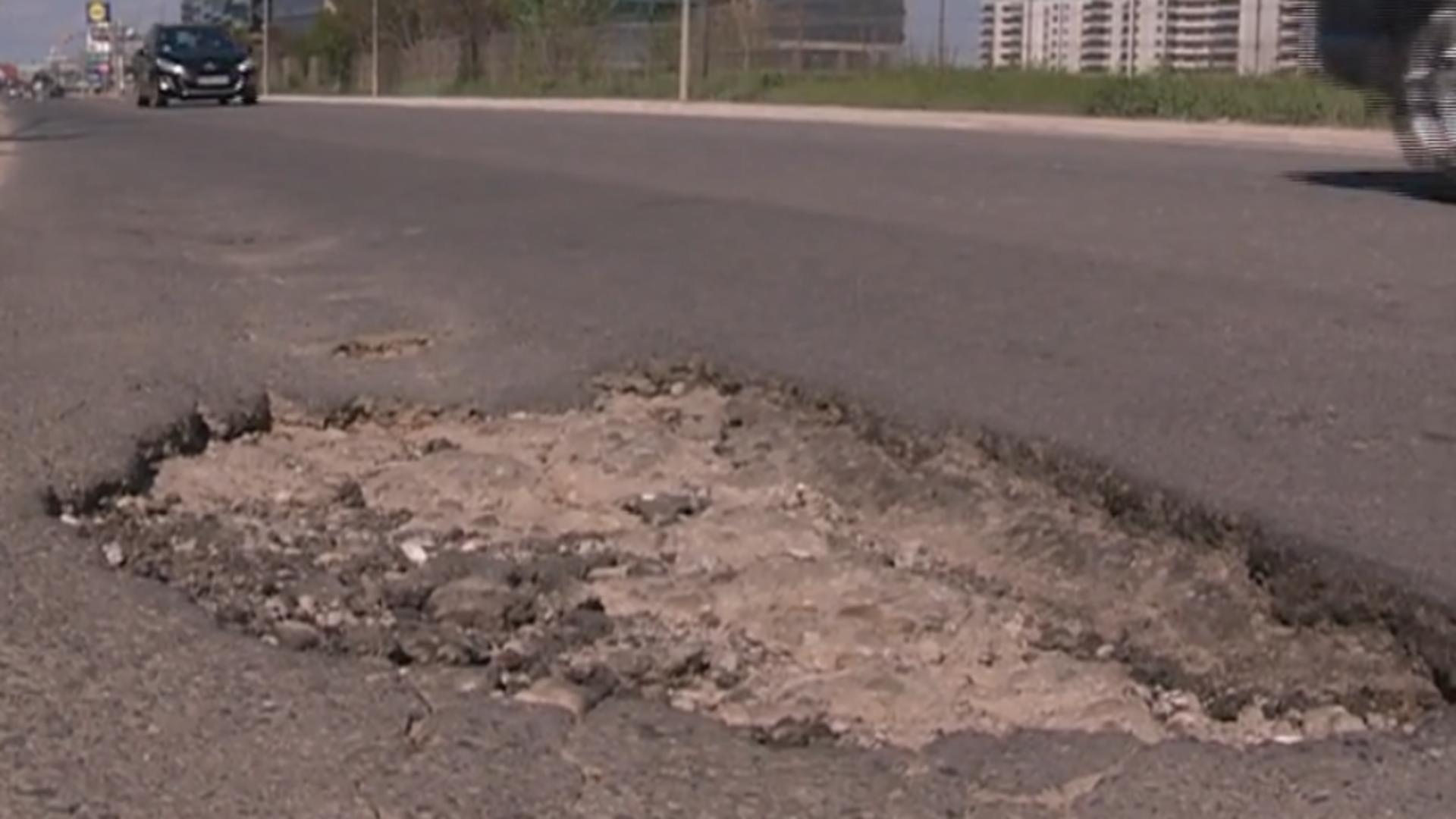 Gropi asfalt Capitală