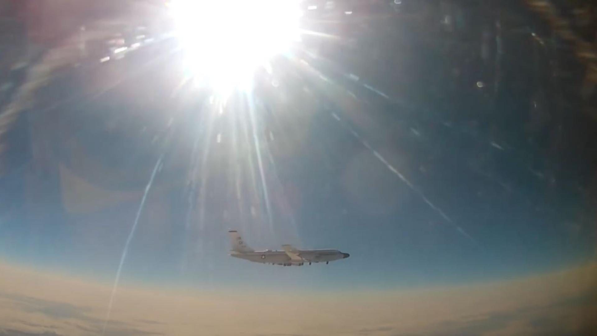 Un avion rusesc a interceptat o aeronavă a armatei SUA. Captură video
