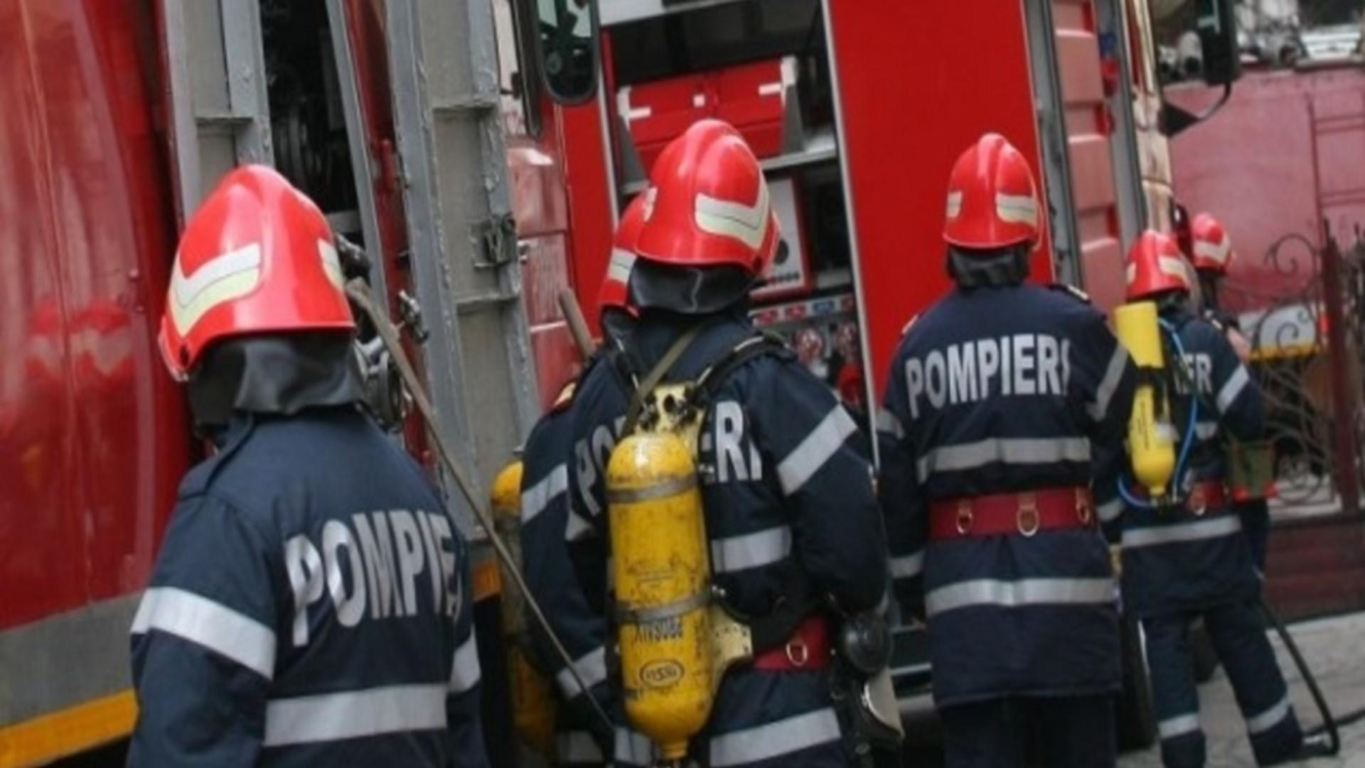 Intervenție pompieri incendiu Năvodari