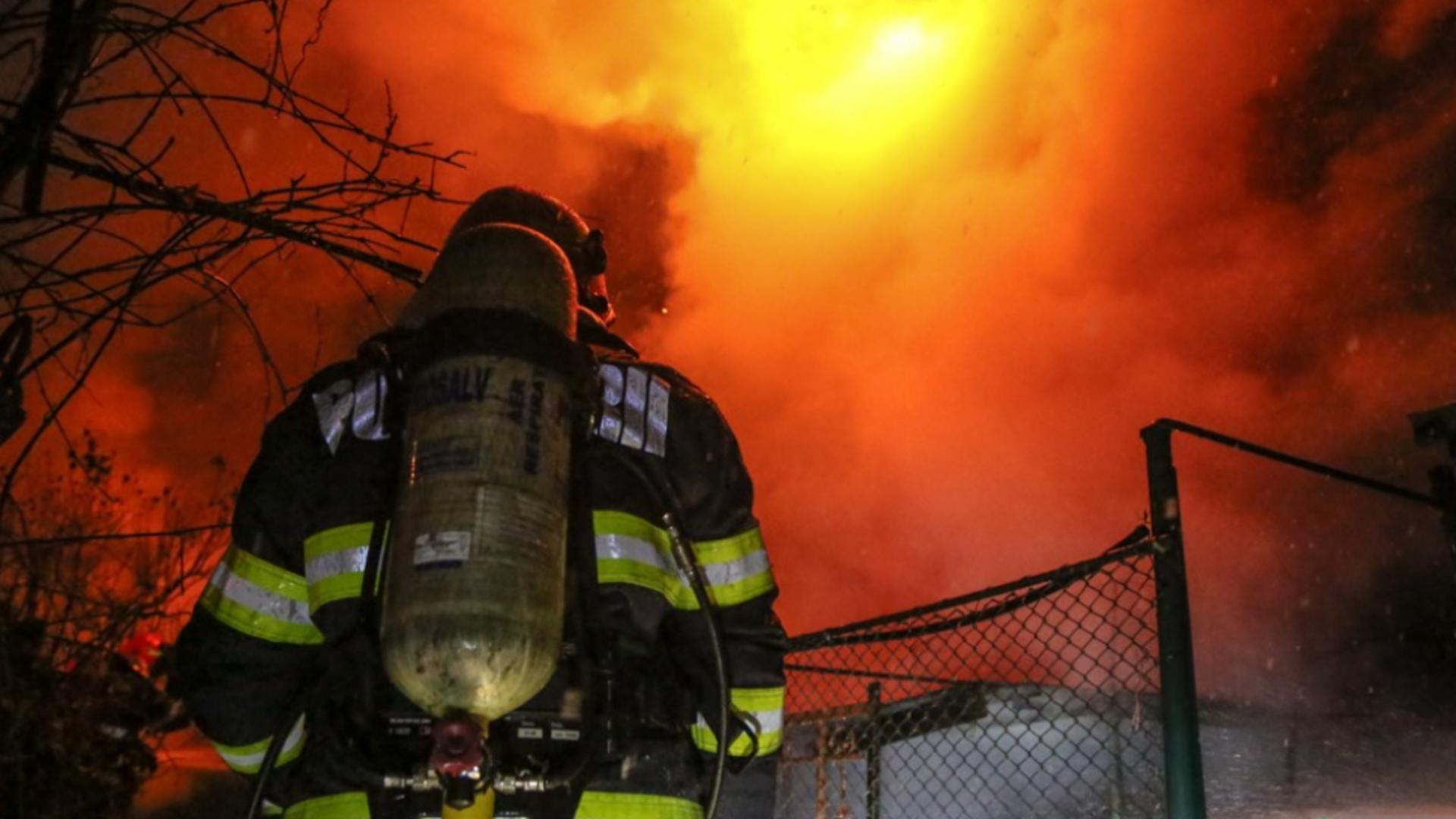 Incendiu la o pensiune din Argeș / Foto: Arhivă ISU