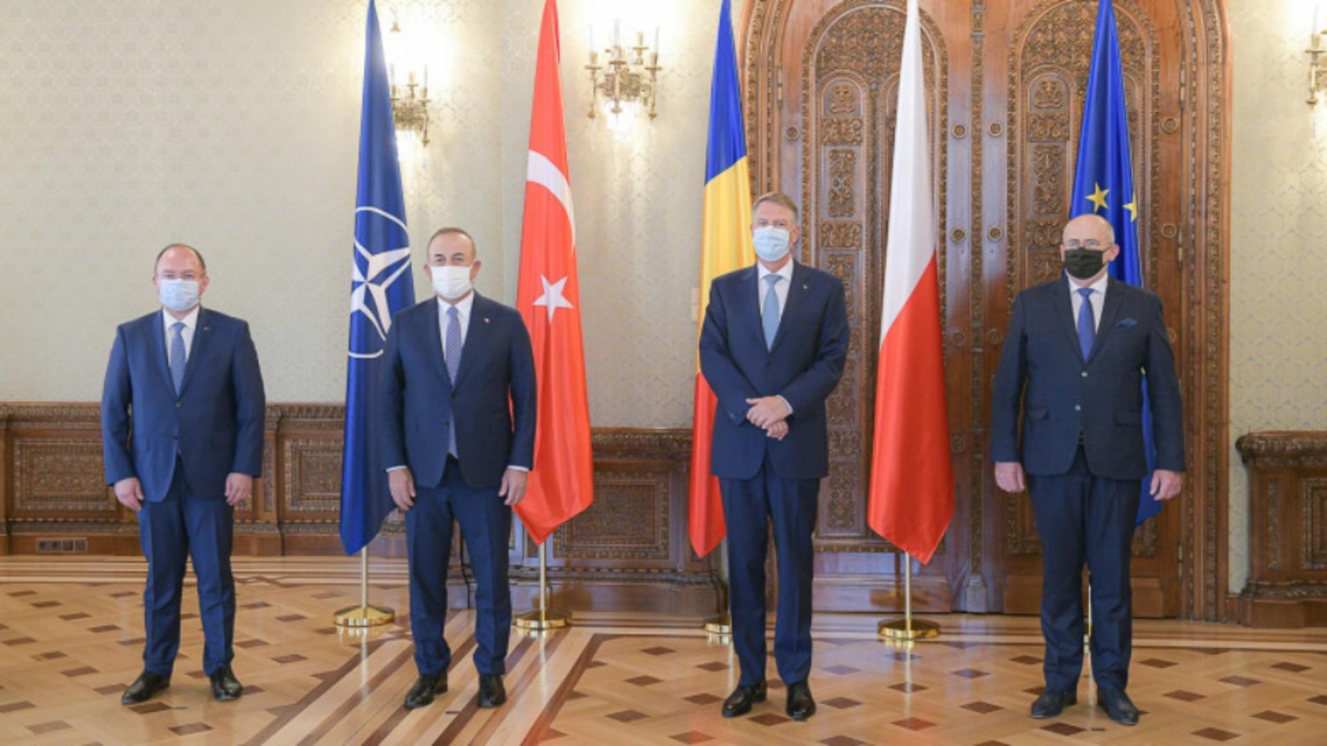 Klaus Iohannis, întâlnire cu miniștrii de Externe din Polonia și Turcia