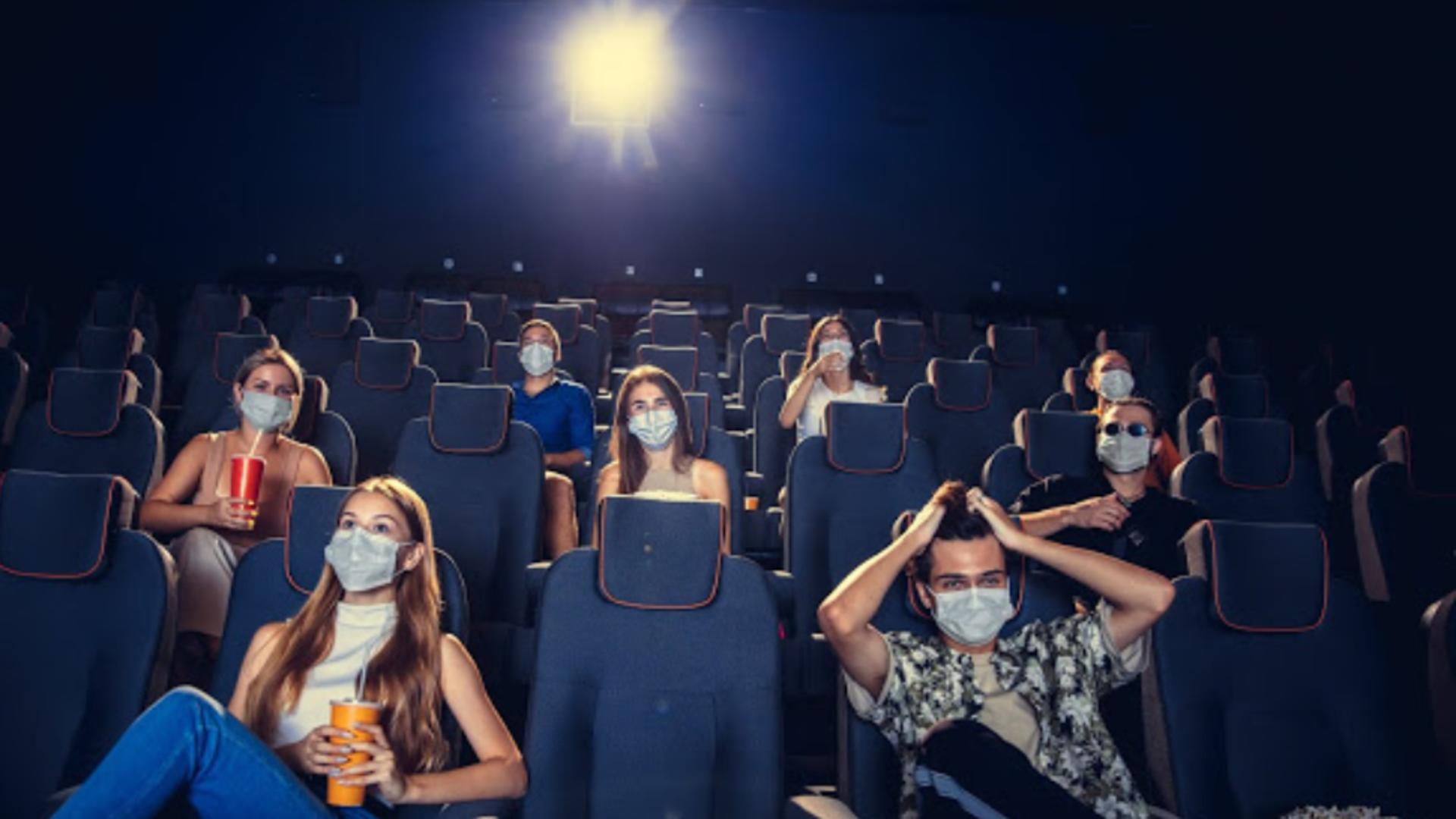 Spectacole cu sali aproape goale din cauza pandemiei