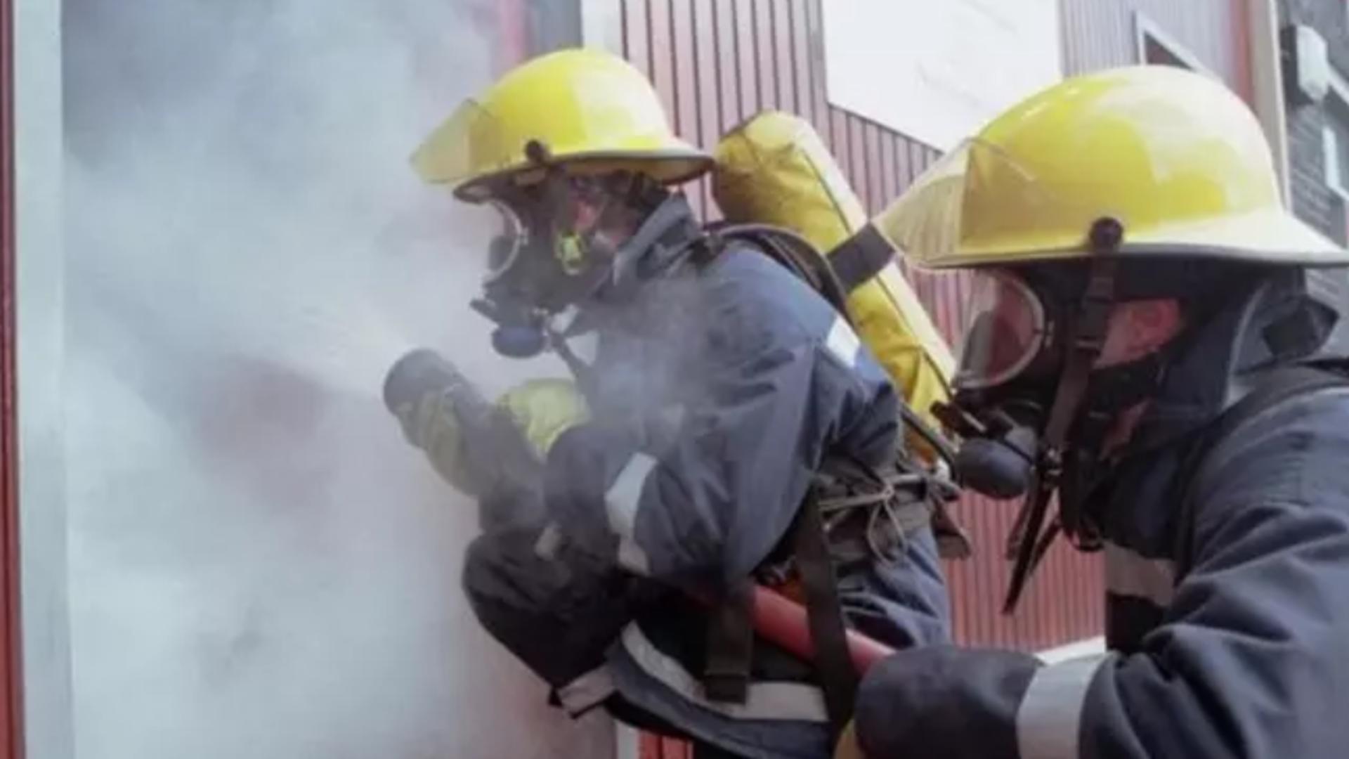 Intervenția pompierilor la Spitalul Județean Bacău