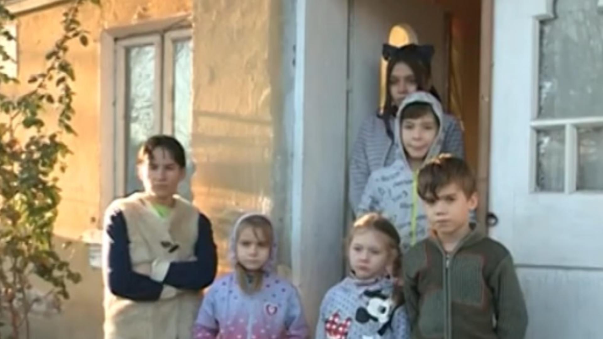Realitatea de lângă tine. 5 copii superbi care rabdă de foame, dar au vise mari, în familia Poșircă, greu încercată