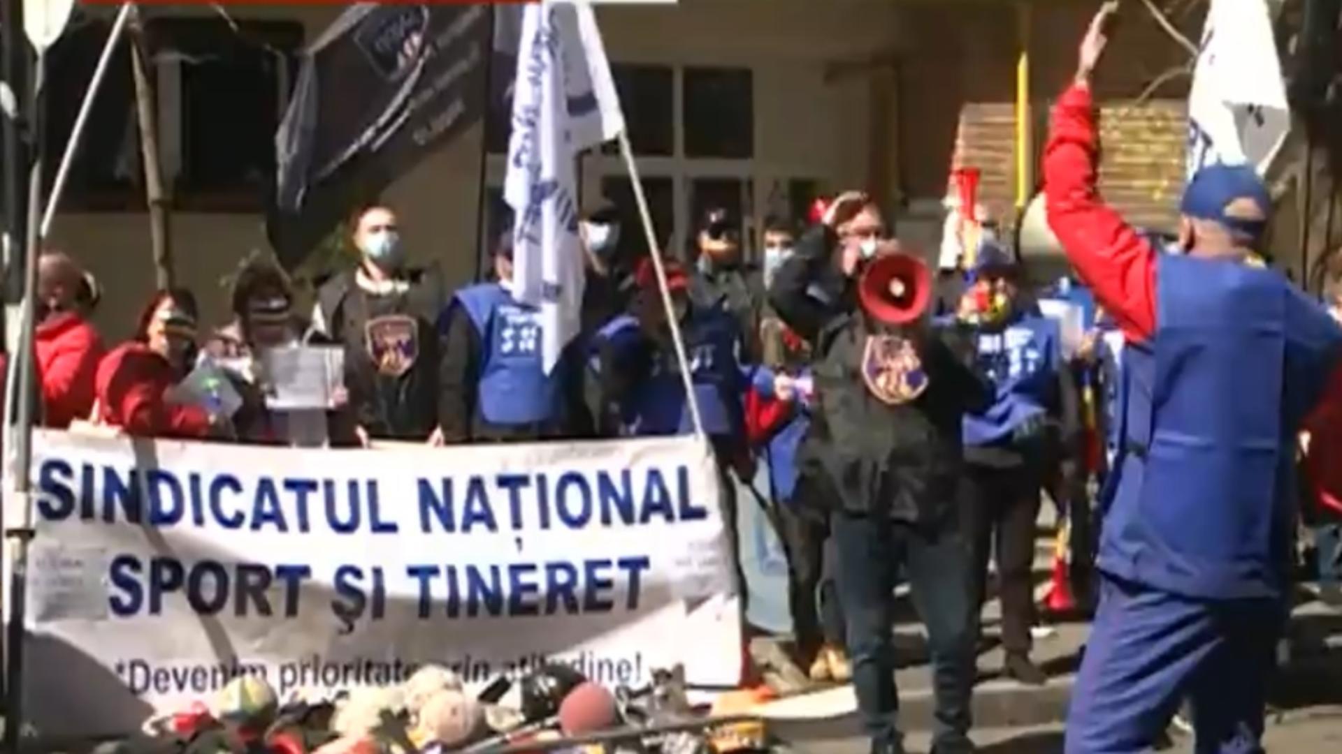 Protest in fața Ministerului Sporturilor