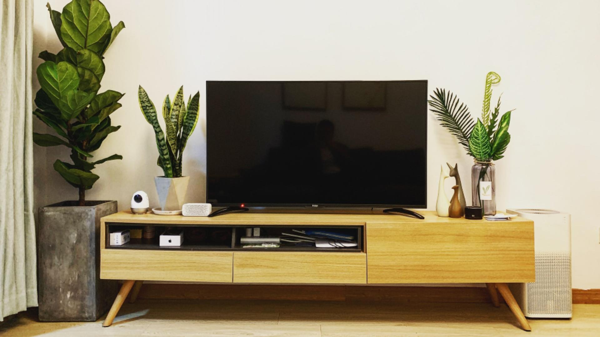 Diferențele dintre Google TV și Android TV pe un TV smart