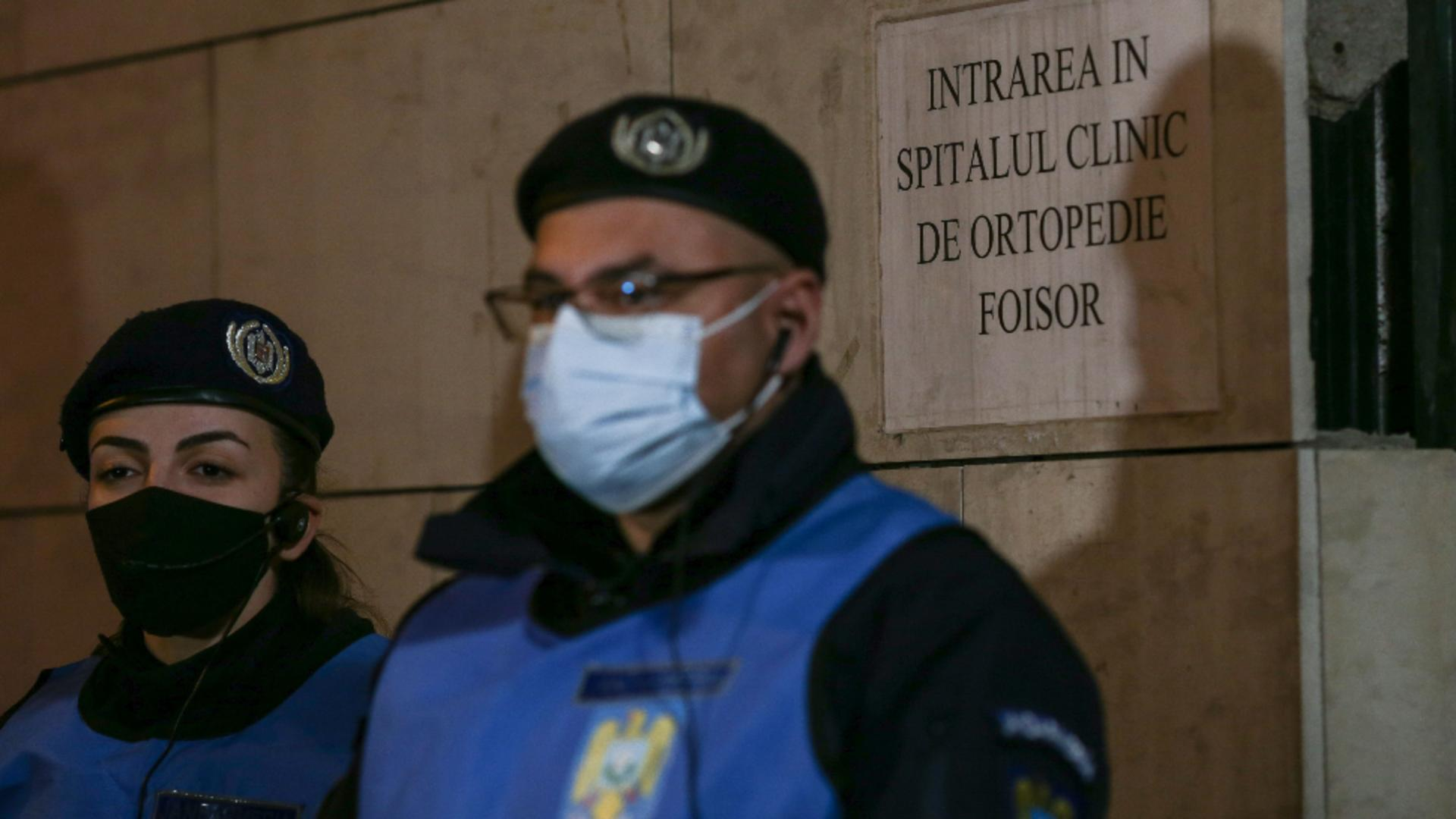 Forțe de ordine, Spitalul Foișor (Inquam Photos / Sabin Cirstoveanu)