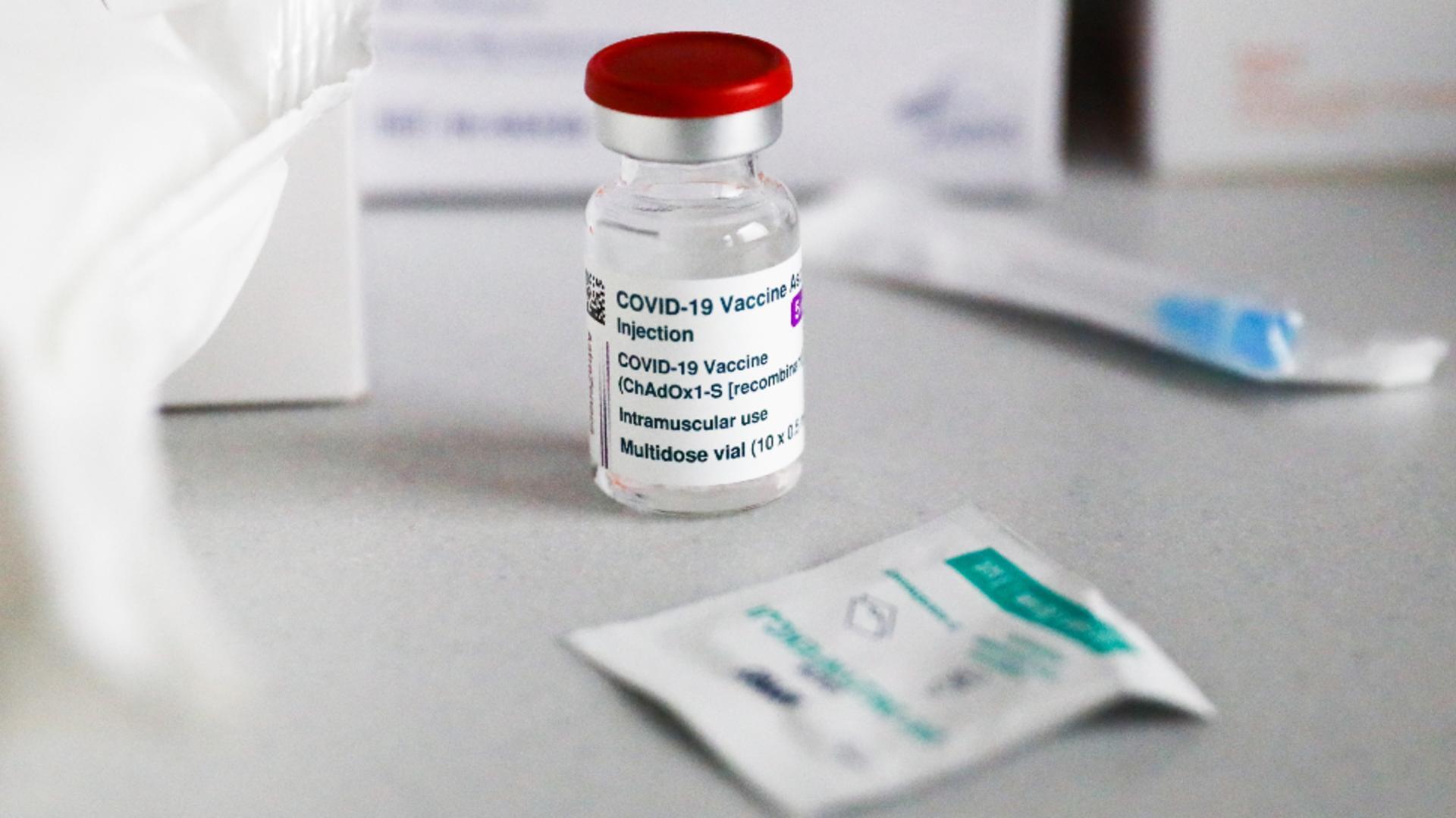 Suedia nu mai vaccinează la rapel cu AstraZeneca persoanele de peste 65 de ani. Foto/ProfiMedia