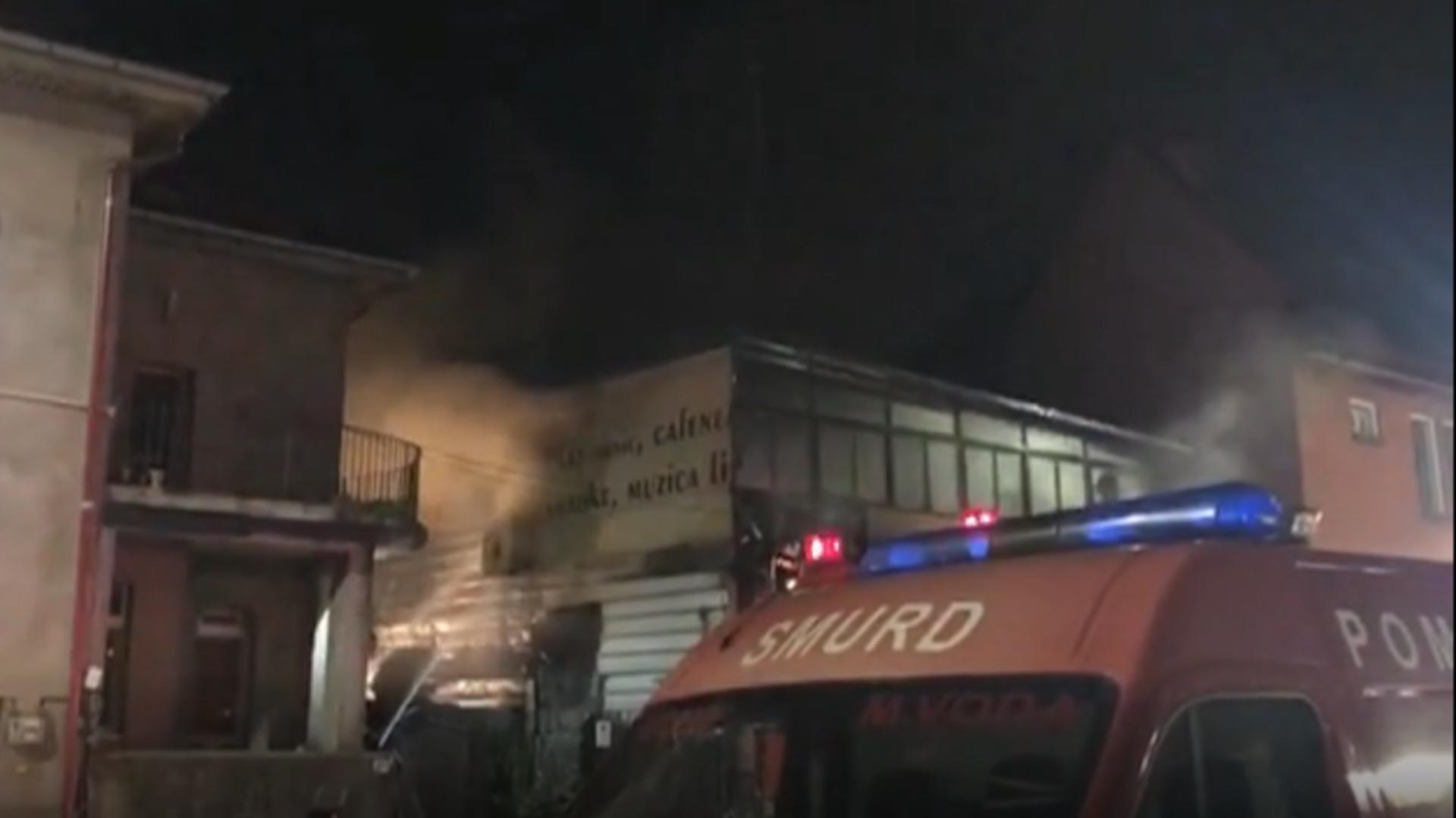 Intervenție pompieri incendiu Capitală