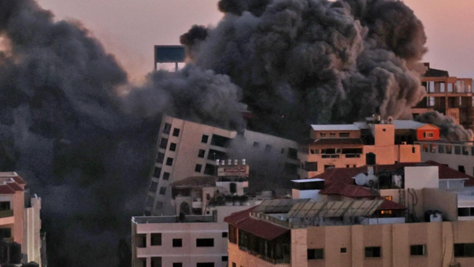 Clădire prăbușită în Gaza. Foto: Twitter Mark Slapinski