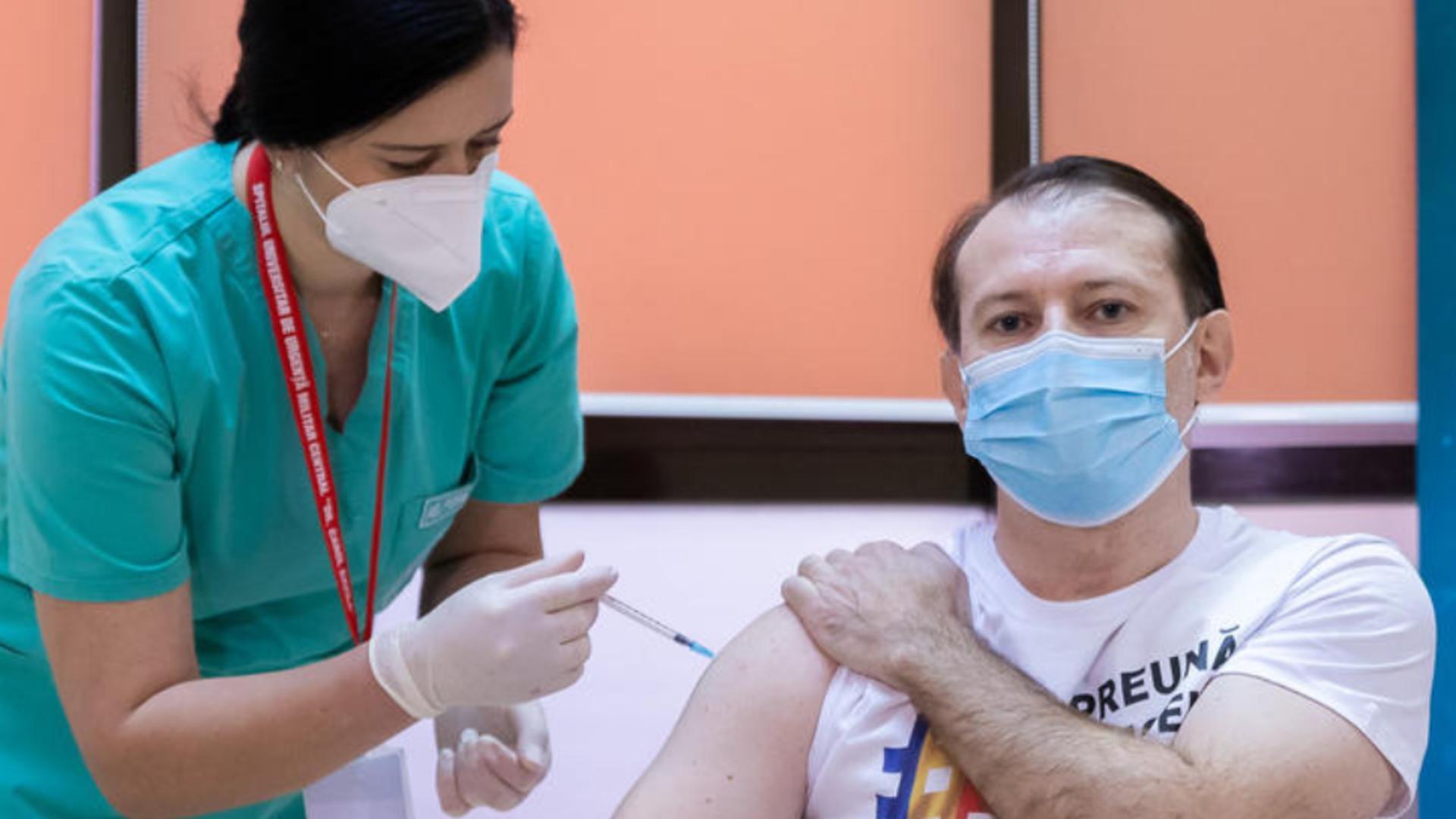 Premierul Florin Cîțu la vaccinare