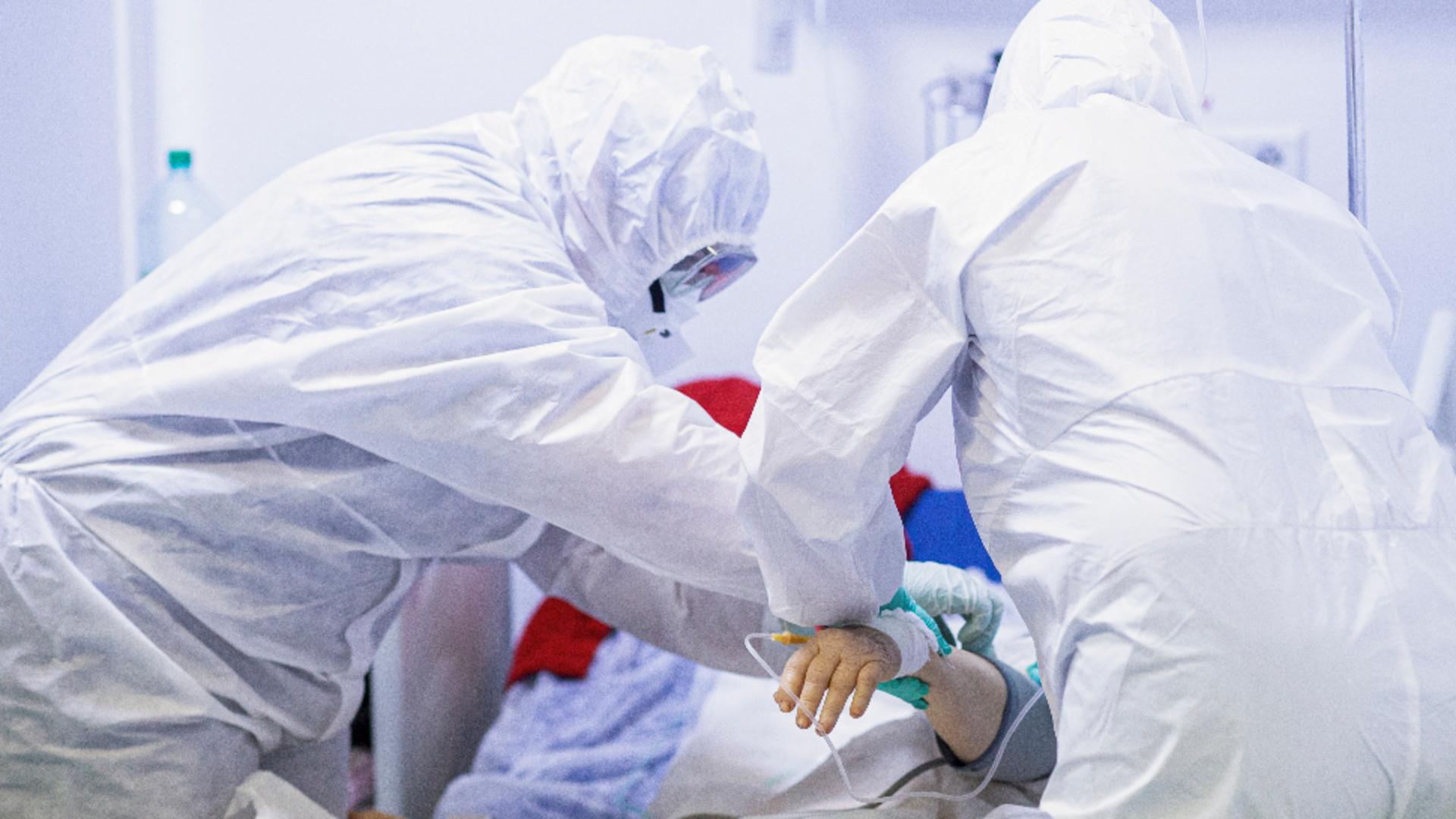 Prăpăd în Moscova. Nou RECORD de infectări Covid-19 în capitala Rusiei